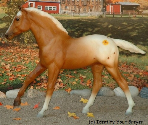 http://www.identifyyourbreyer.com/images/00724.jpg