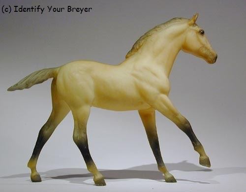 http://www.identifyyourbreyer.com/images/00891.jpg