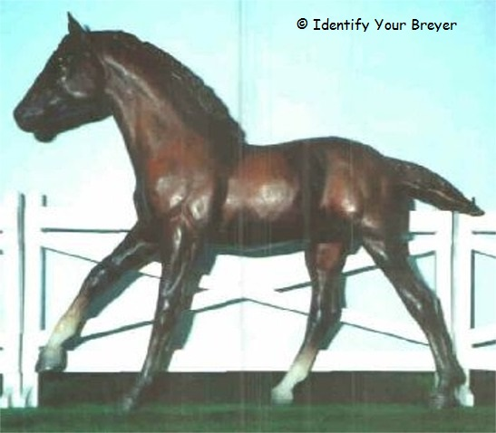 http://www.identifyyourbreyer.com/images/00934.jpg
