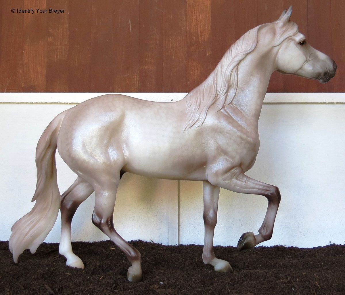 identify your breyer new breyer models for  711234