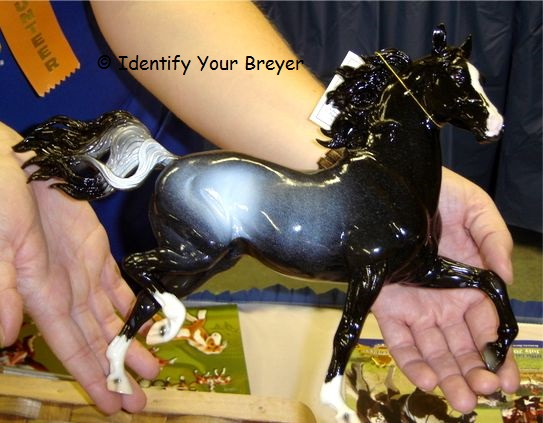 http://www.identifyyourbreyer.com/images/polarisg.jpg