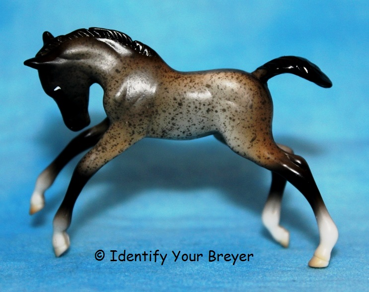Family 11 Mystery Foal Surprise Stablemates Breyer